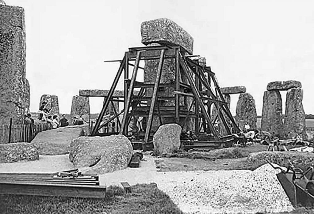 Buy Stonehenge Models: The straightening of trilithon stones 1 1024x699  - Trilithon Two - Trilithon Two