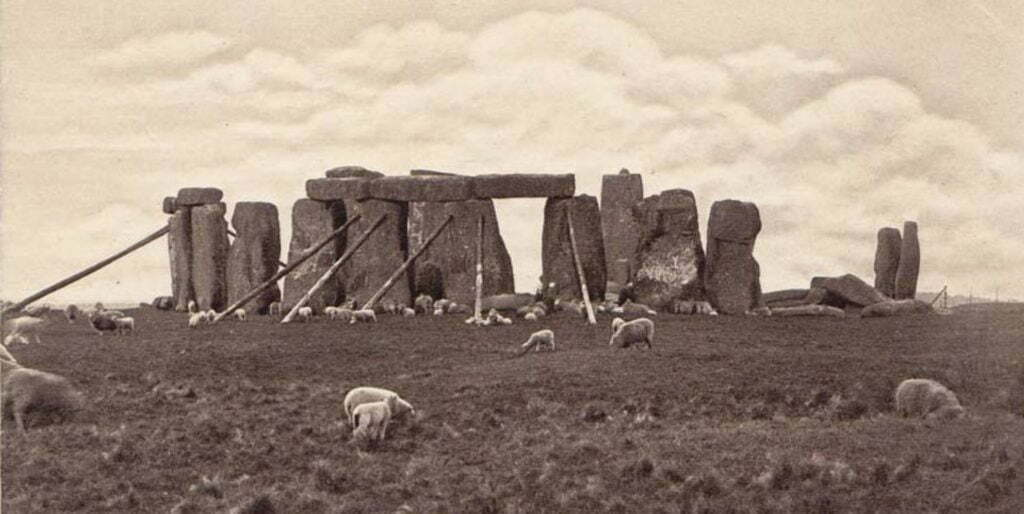 View of Stonehenge after 1902