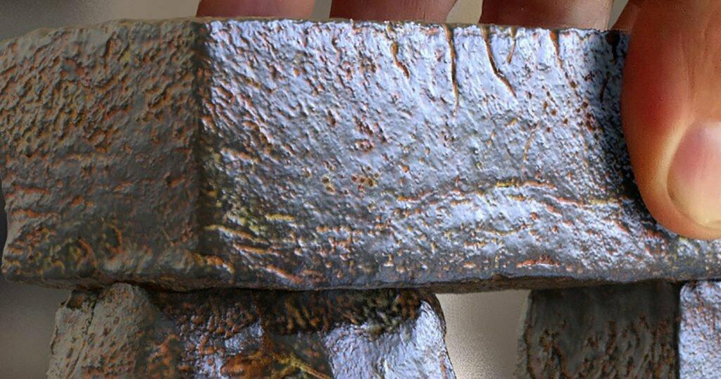 Buy Stonehenge Models: Stonehenge replica model 35th scale full set light rust patina cropped 01 1024x538  - Close up of Trilithon Two, Stonehenge replica model - Close up of Trilithon Two, Stonehenge replica model